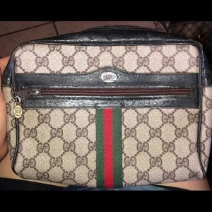 AUTHENTIC Gucci shoulder/crossbody bag